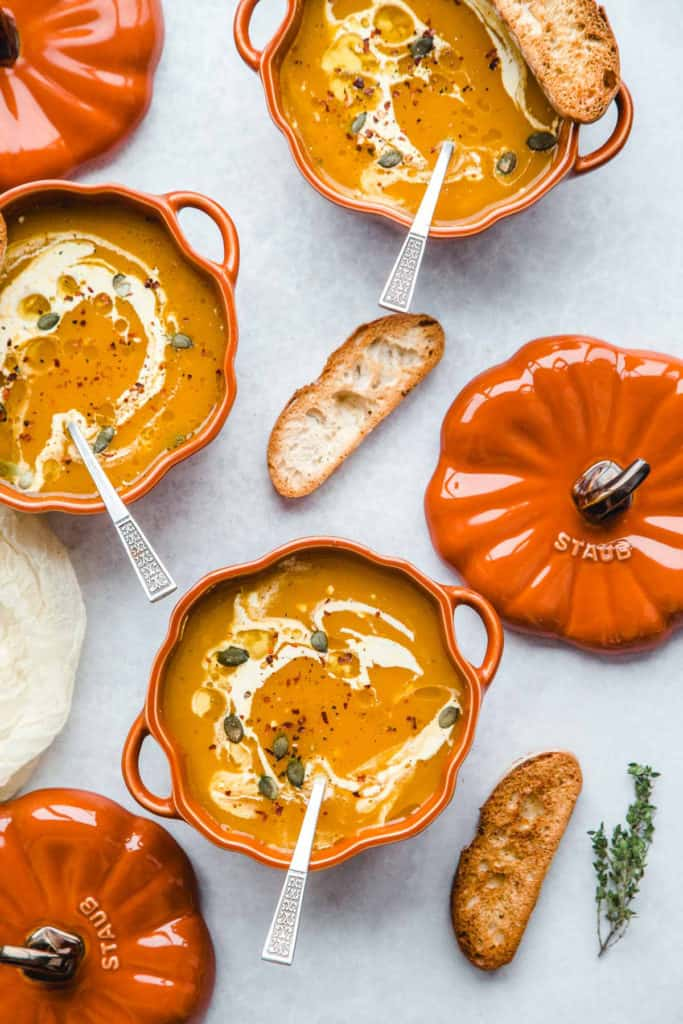 3 Staub pumpkin cocottes with Vegan Pumpkin Soup and toasted bread