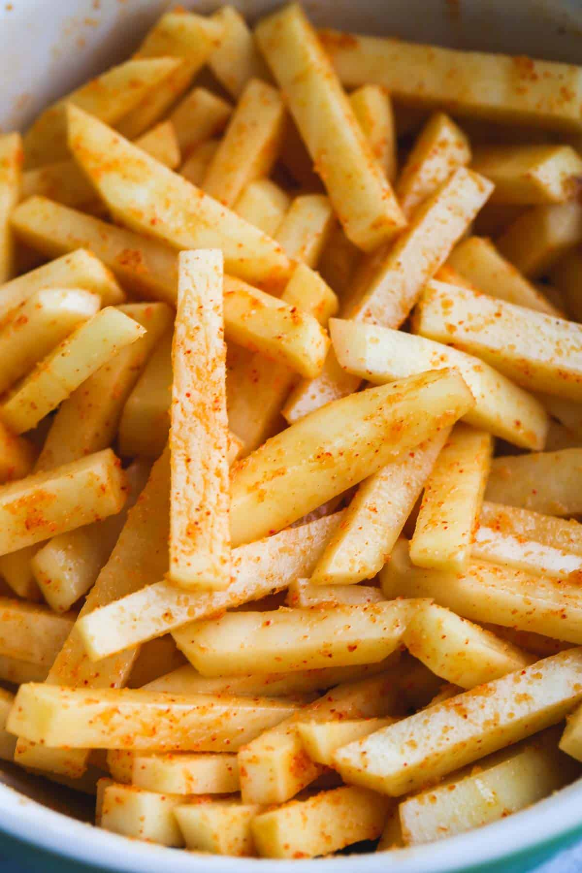 French fries coated with seasonings