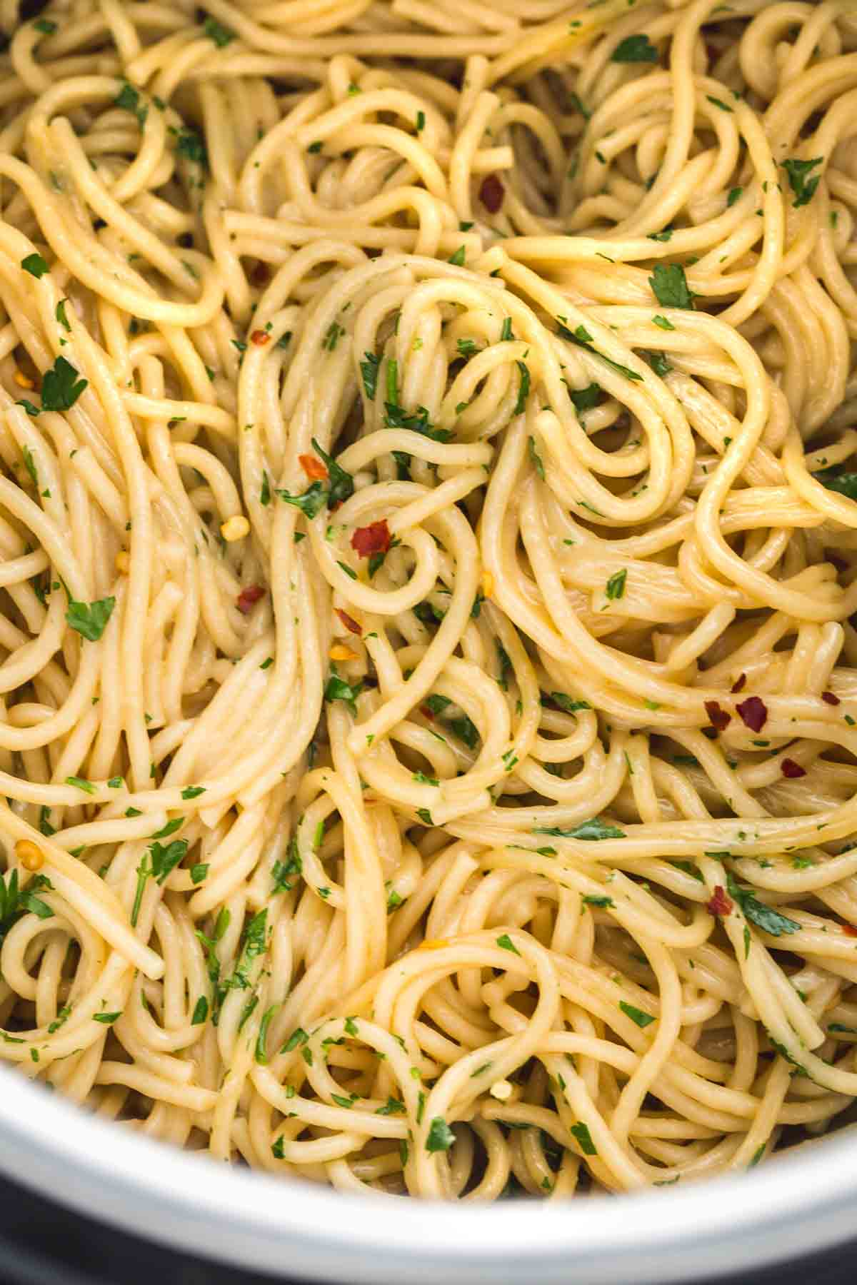 Close up of the creamy garlic noodles in the Instant Pot